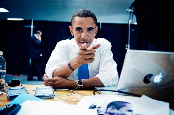 Barack Obama usando Macintosh