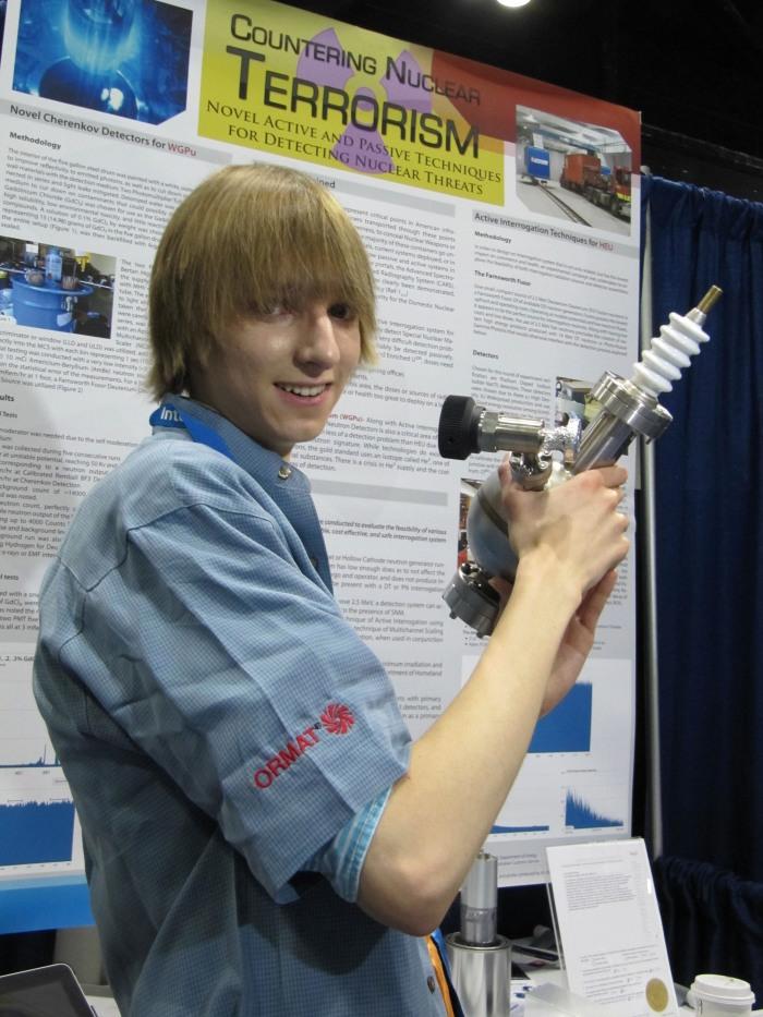 Adolescente de 17 anos cria um detector de armasnucleares