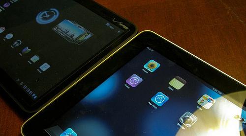 A Apple vende mais iPads em duas semanas do que o Motorola Xoom em umano