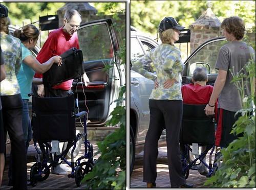 Steve Jobs na cadeira de rodas antes de morrer