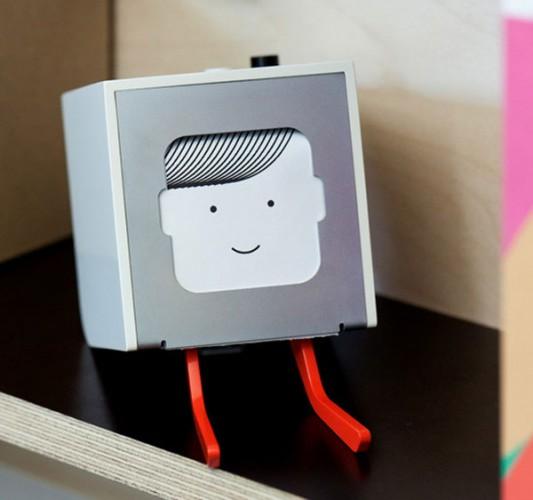 Little Printer imprime em forma de bilhete um resumo das redessociais
